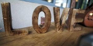 Décoration Mariage Love Bois