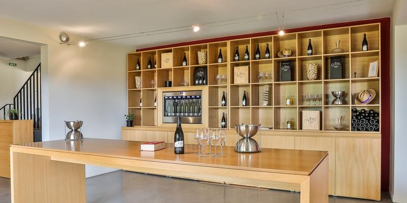 Le comptoir et les vins du domaine de galuval - réceptions, soirées privées, soirées d'entreprise - Orange, Bollène, Vaison la Romaine