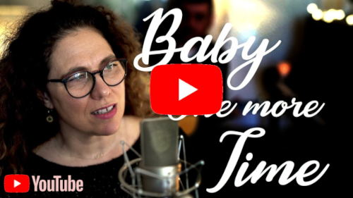 Video youtube de baby one more time par orange trio music: animation musicale mariage à Marseille (Bouches du Rhône - 13)